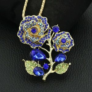 Retro Vintage Look Flower Pendant Brooch NWT-